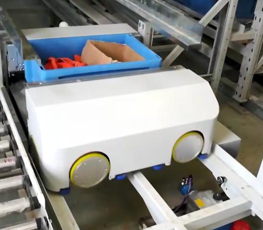 智能3D穿梭车