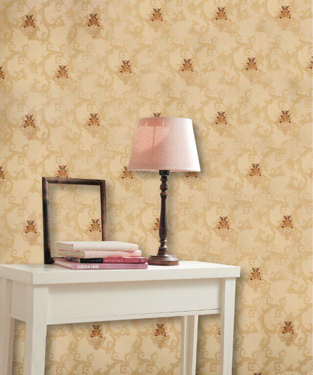 刺绣墙布对于很多家庭来说,是墙面的最大装饰物。犹其是对于一些四白落地的一些简装家庭来说,除了几幅画框,墙面上的东西就剩下墙纸墙布的天下了。所以,刺绣墙布的选择漂亮与否,可能往往有着举足轻重的作用。同样,对于精装的家庭来说